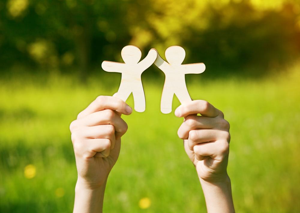 Indique um amigo: o paradoxo do aumento de base
